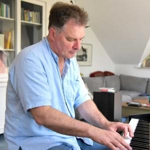 Uwe-Gronau-26,5-Grad-Klavier